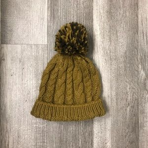 Accessories - Olive Pom Beannie